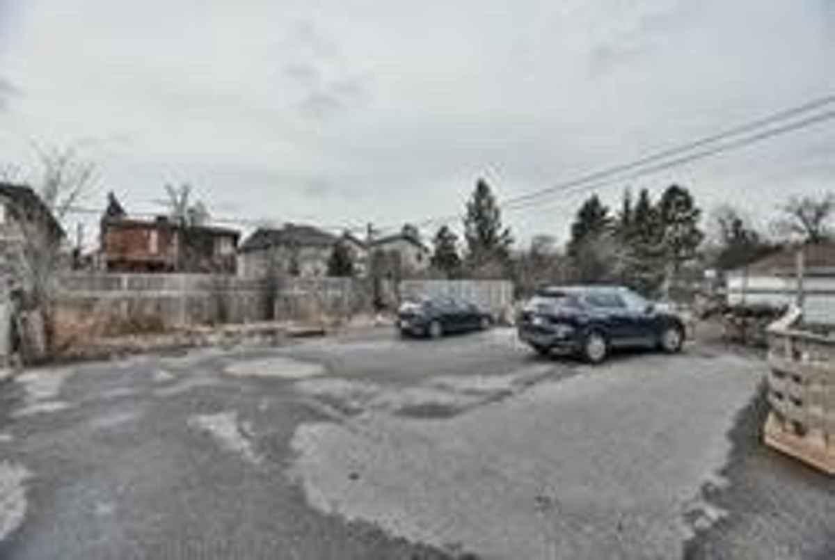 149 Finch Ave W Toronto Bella Lee