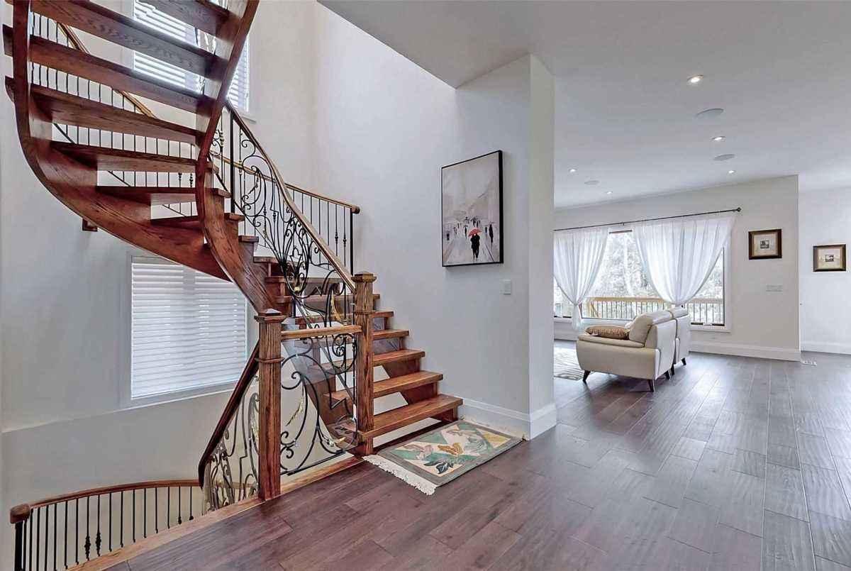 216 Olive Ave Toronto Ghazal Baniasadi
