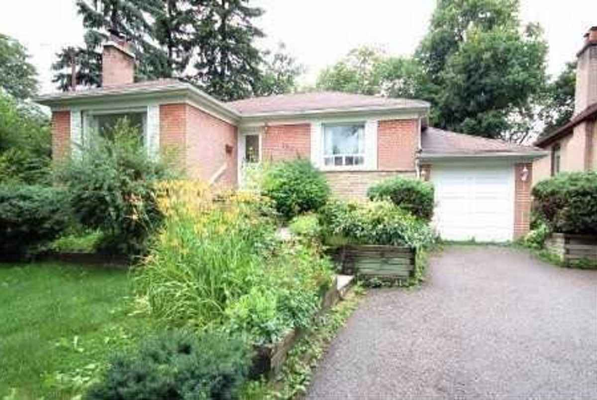 198 Dunview Ave Toronto Bella Lee