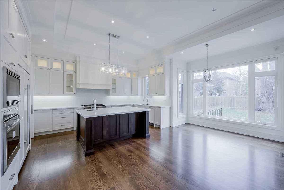 156 Horsham Ave Toronto Bella Lee