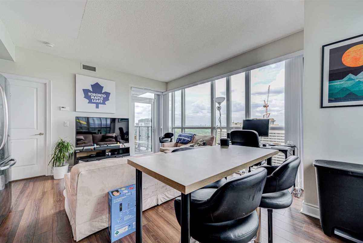 28 Ted Rogers Way Toronto AGENT ON DUTY