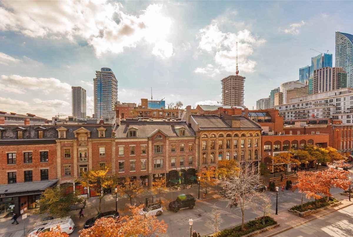 80 Front St E Toronto AGENT ON DUTY