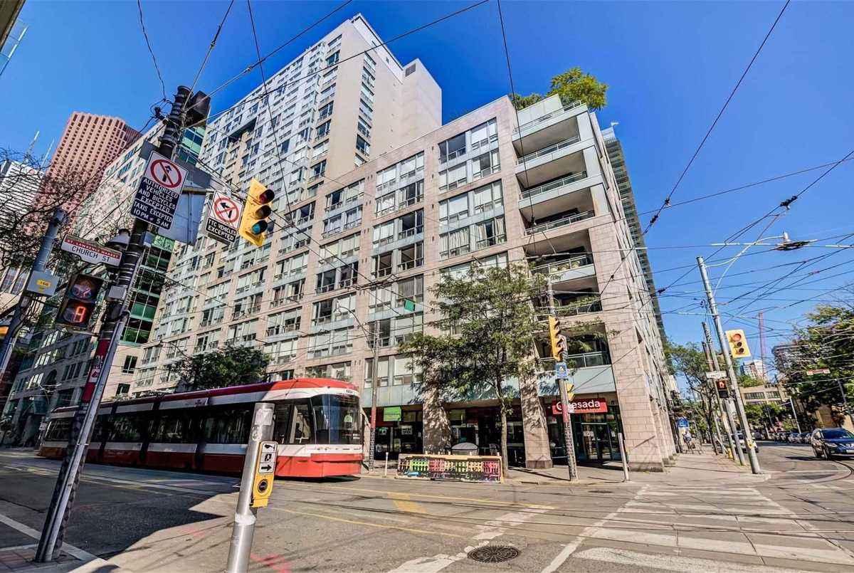 92 King St E Toronto AGENT ON DUTY