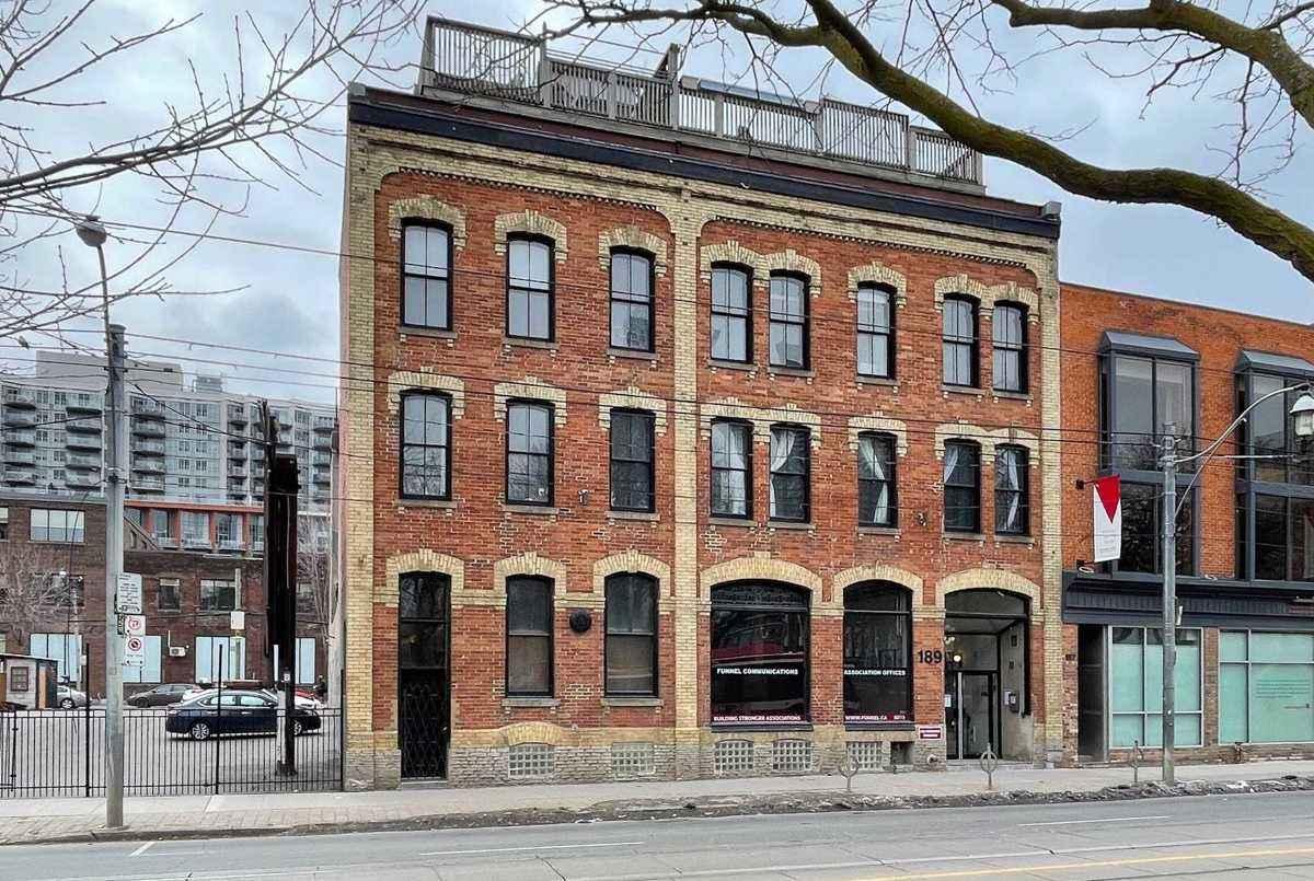 189 Queen St E Toronto AGENT ON DUTY