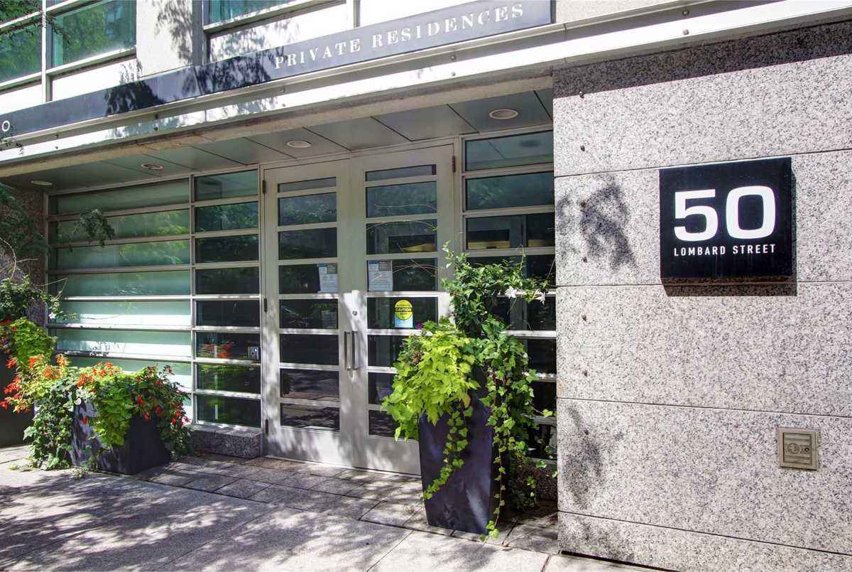 50 Lombard St Toronto AGENT ON DUTY
