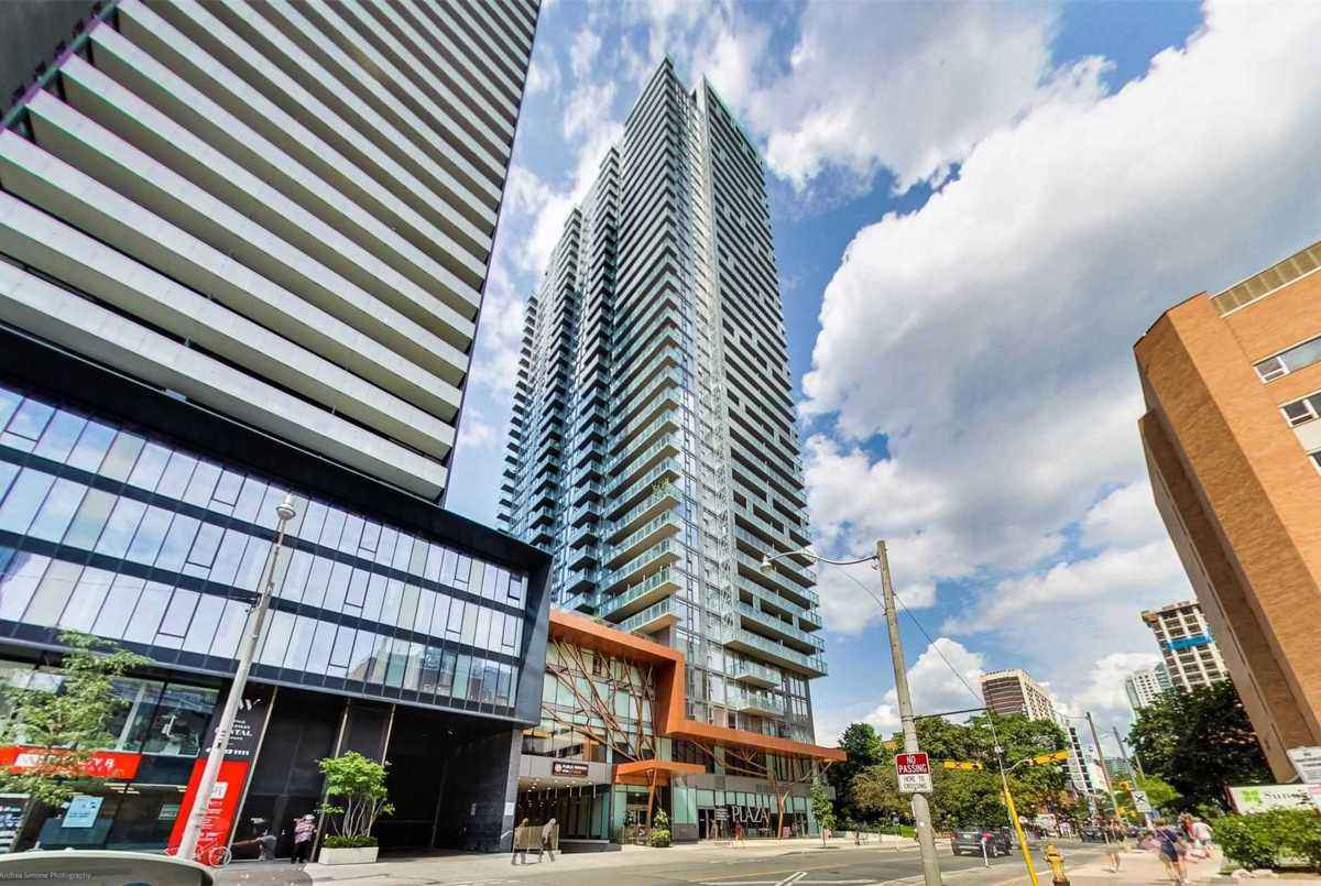 50 Wellesley St E Toronto AGENT ON DUTY