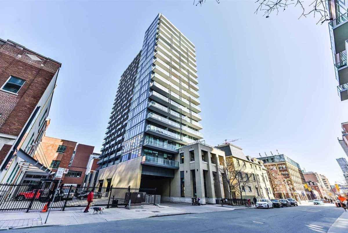 105 George St Toronto AGENT ON DUTY