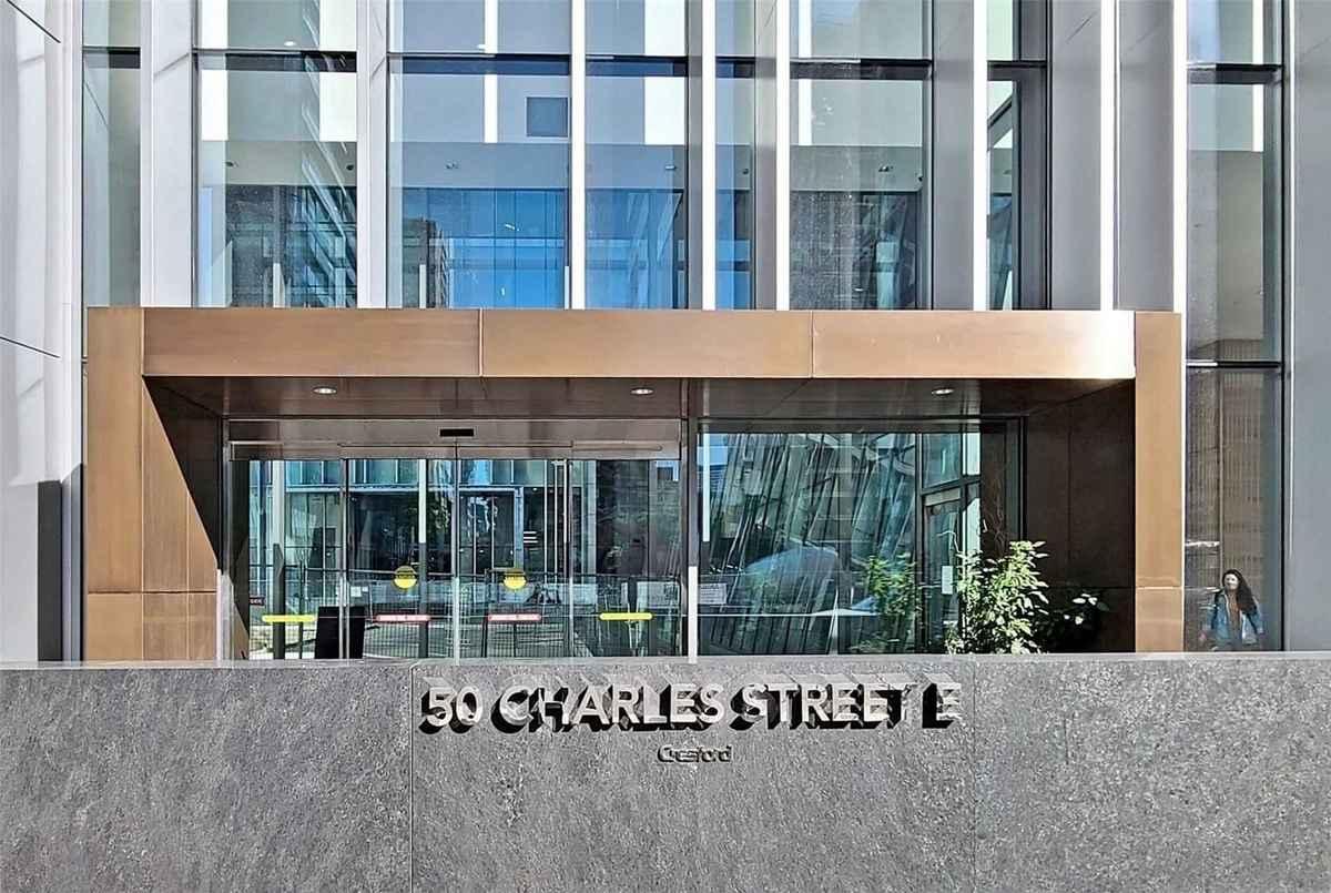 50 Charles St E Toronto AGENT ON DUTY