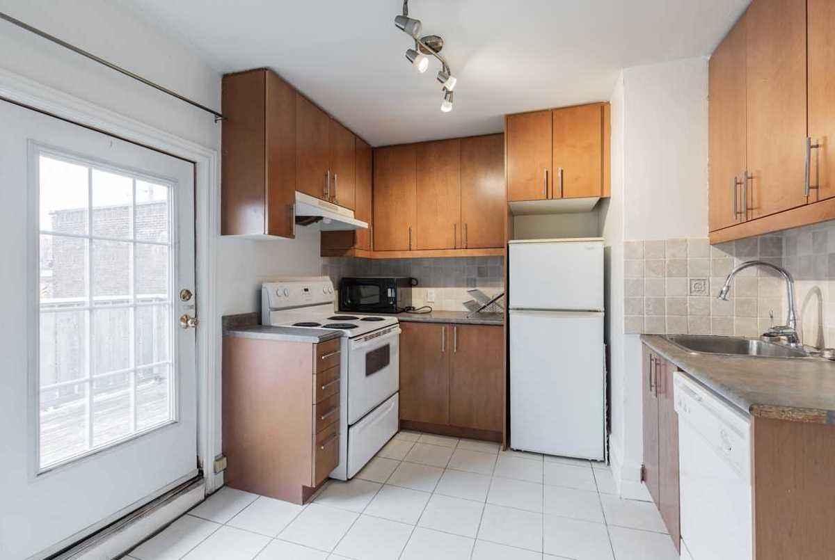 437 Kingston Rd Toronto Cori Endrody