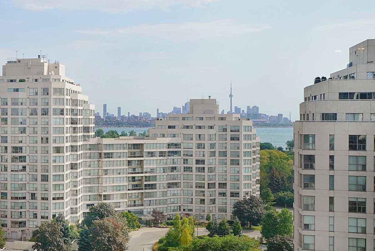 2287 Lake Shore Blvd W Toronto AGENT ON DUTY