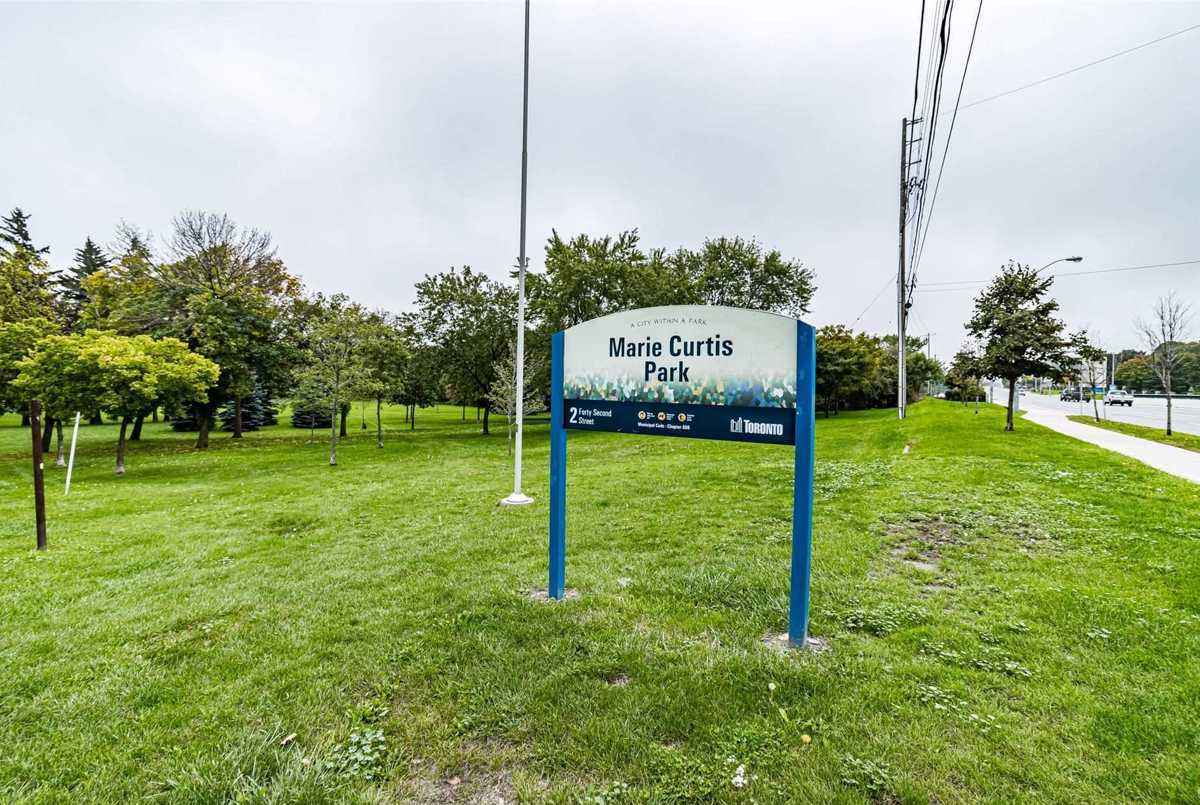 3865 Lake Shore Blvd W Toronto AGENT ON DUTY